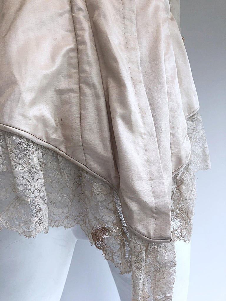 Incredible Authentic Victorian 1880s Ivory Silk Lace Corset 1800s Couture Blouse For Sale 5