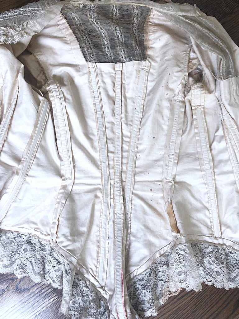 Incredible Authentic Victorian 1880s Ivory Silk Lace Corset 1800s Couture Blouse For Sale 11