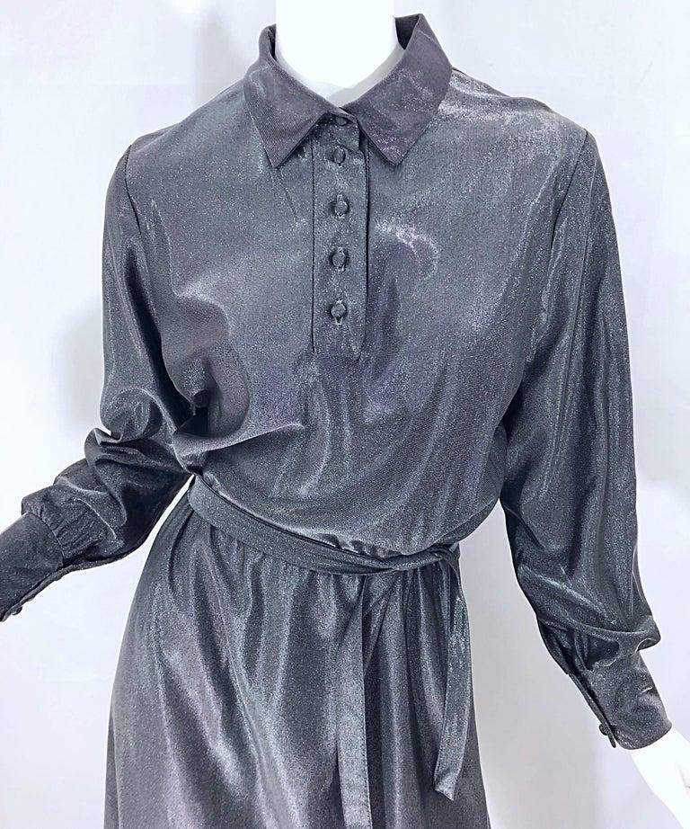 Women's 1970s Gunmetal Metallic Silver Gray Belted Vintage 70s Long Sleeve Shirt Dress For Sale