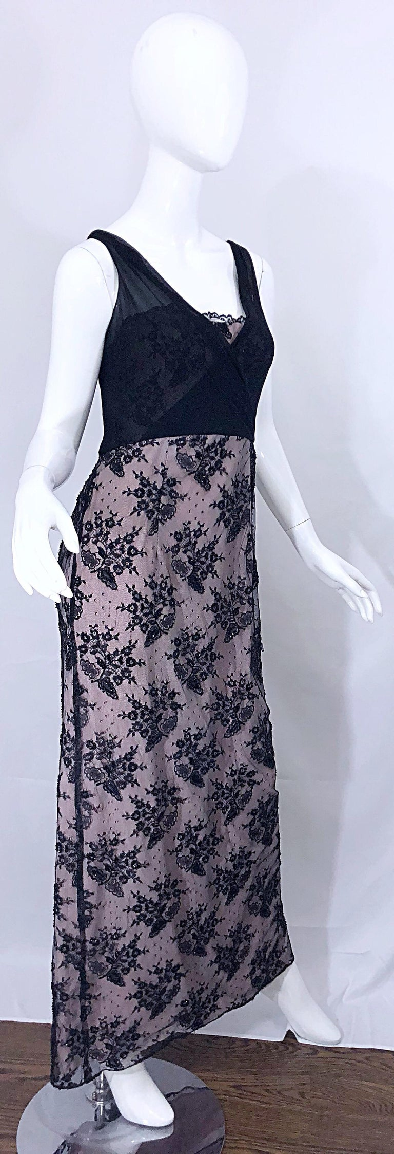 Vintage Bob Mackie Size 8 / 10 Black and Pink Beaded French Lace Evening Gown For Sale 2