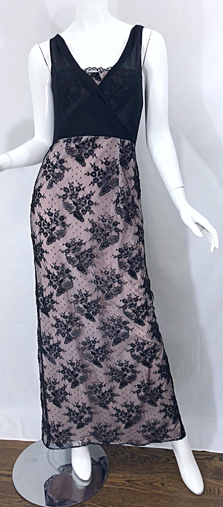 Vintage Bob Mackie Size 8 / 10 Black and Pink Beaded French Lace Evening Gown For Sale 7