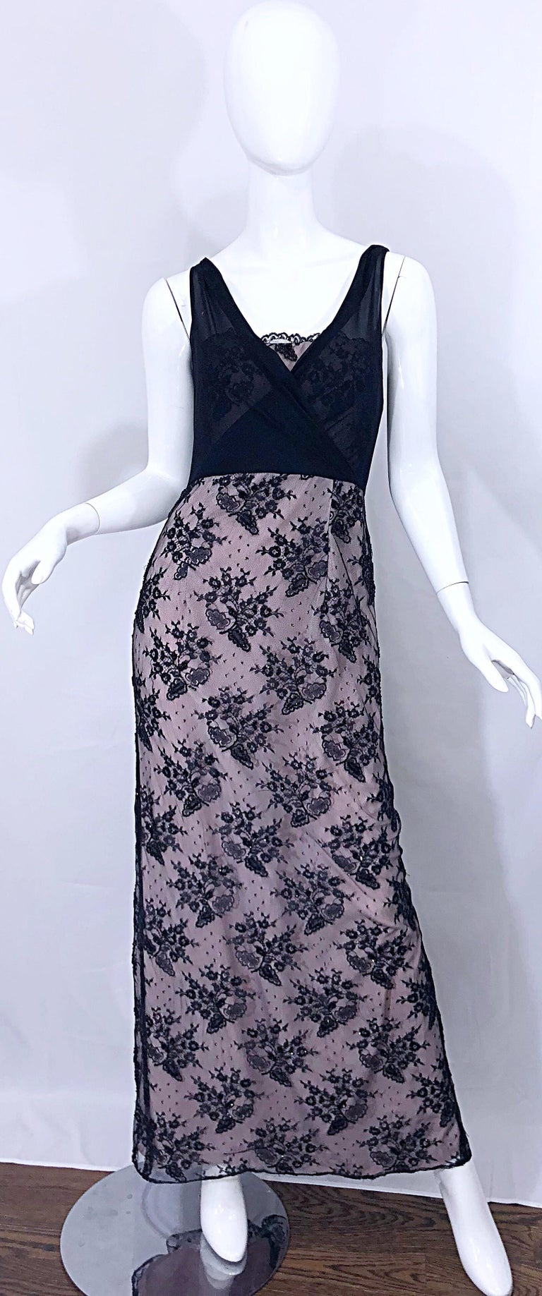 Vintage Bob Mackie Size 8 / 10 Black and Pink Beaded French Lace Evening Gown For Sale 11