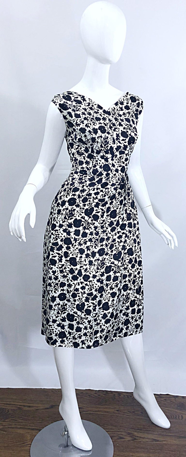 Women's 1950s House of Branell Black and White Silk Floral Vintage 50s Wrap Dress For Sale