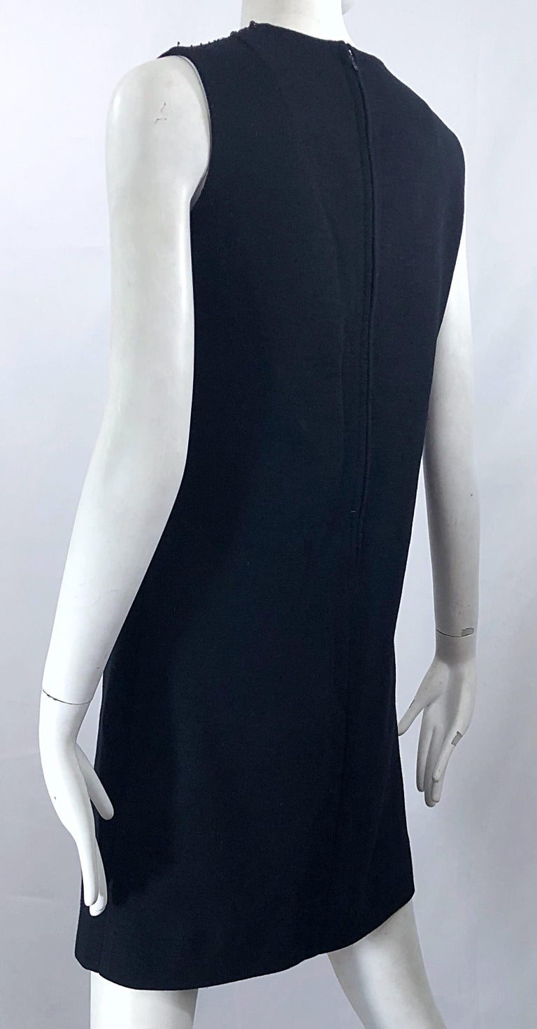 Chic 1960s St Andrews Black Zephyr Wool British Hong Kong Beaded 60s Shift Dress For Sale 3