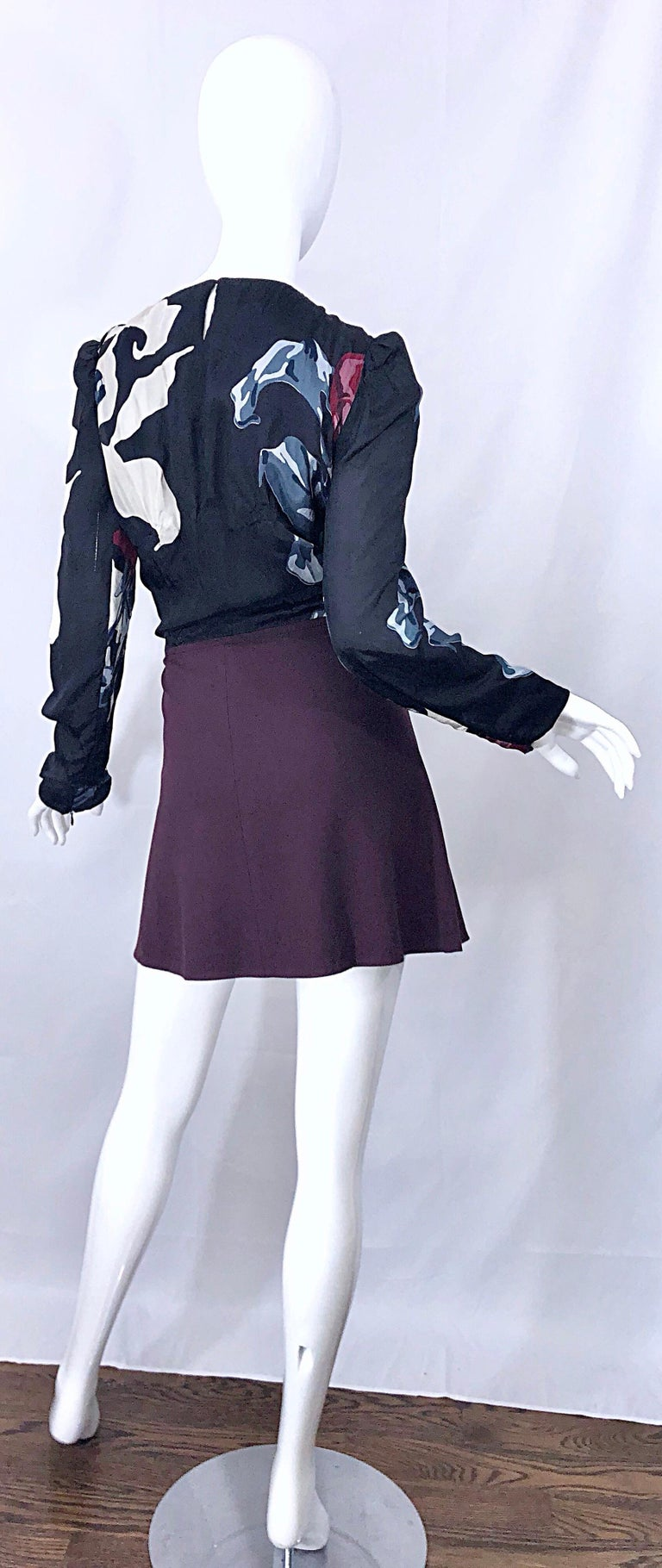 New Carven Fall 2009 Size 42 / 10 12 Burgundy + Blue + Black Abstract Mini Dress For Sale 1