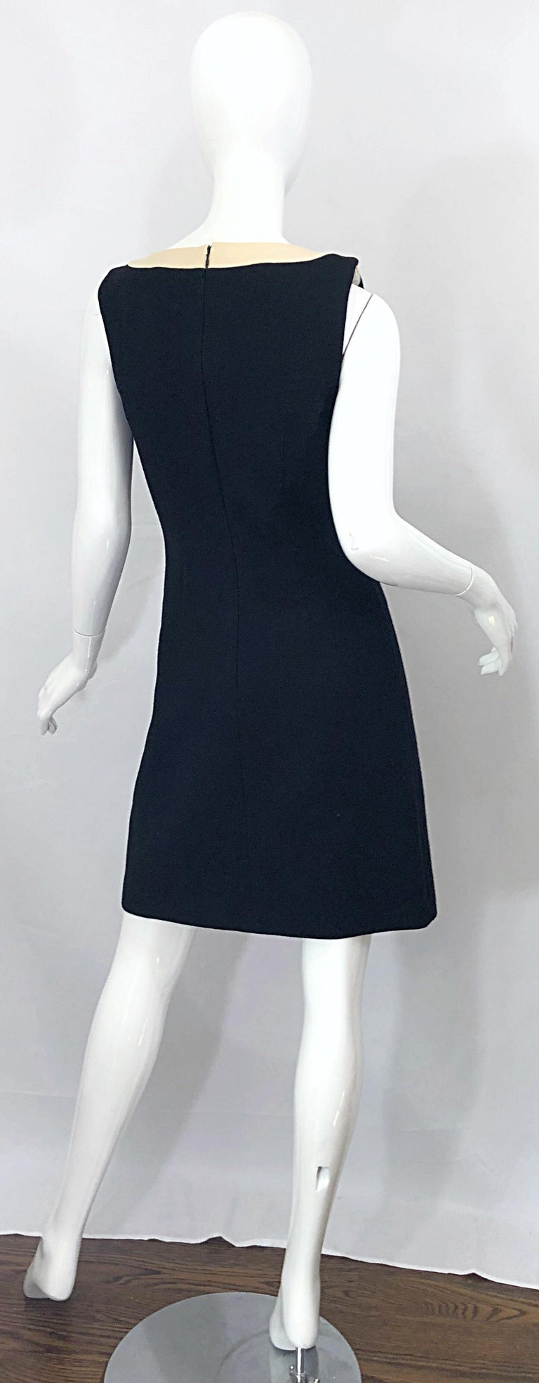 Dolce & Gabbana Size 42 / US 6 Black and Ivory 1990s Does 1960s Wool Shift Dress For Sale 1