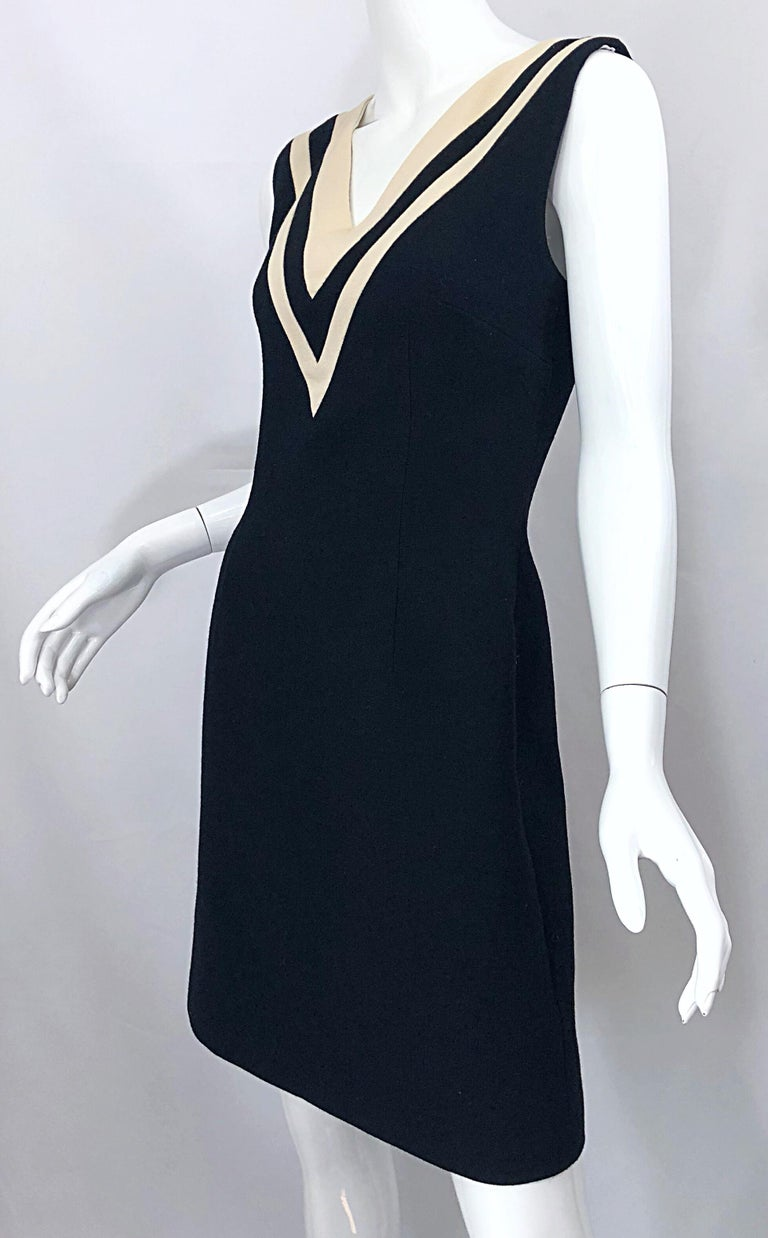 Dolce & Gabbana Size 42 / US 6 Black and Ivory 1990s Does 1960s Wool Shift Dress For Sale 5
