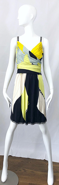Women's Emilio Pucci 1990s Size 8 Chartreuse Black Ivory Kaleidoscope Silk Jersey Dress For Sale