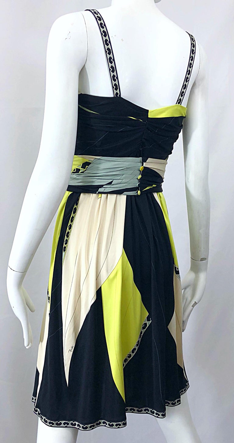 Emilio Pucci 1990s Size 8 Chartreuse Black Ivory Kaleidoscope Silk Jersey Dress For Sale 1