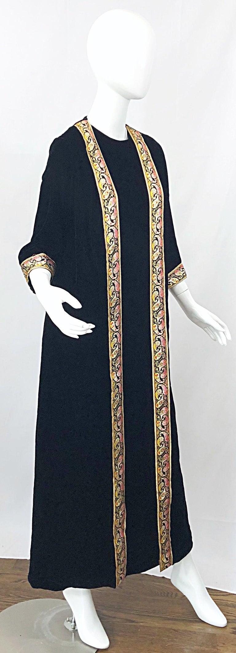 1960s Bonwit Teller Black Velvet Paisley Vintage 60s Moroccan Caftan Maxi Dress For Sale 1