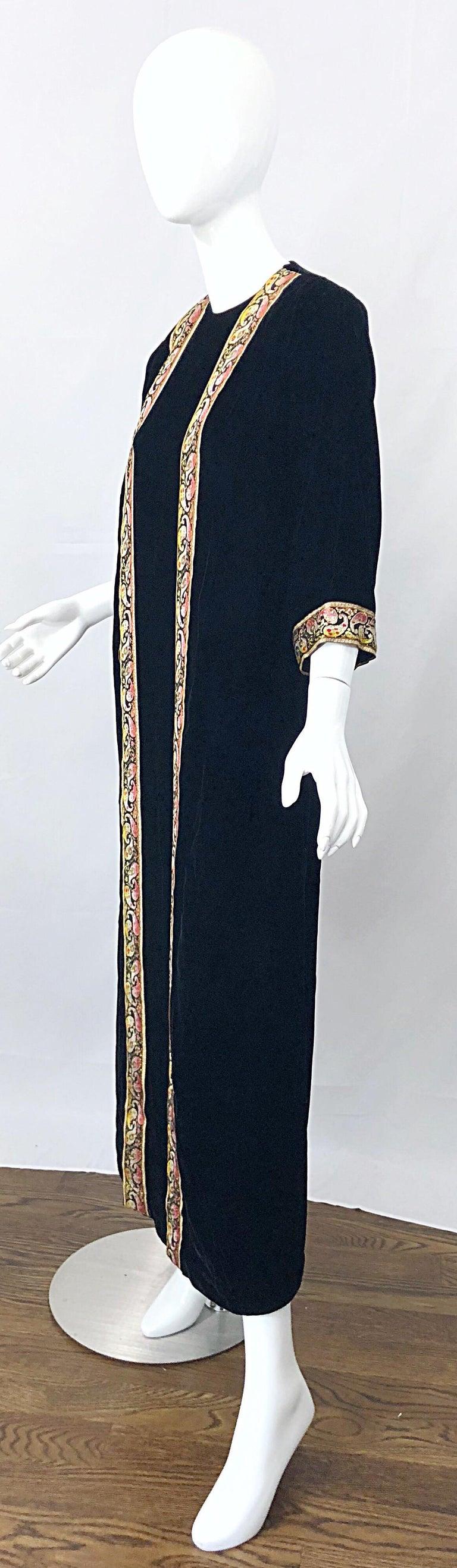 1960s Bonwit Teller Black Velvet Paisley Vintage 60s Moroccan Caftan Maxi Dress For Sale 6