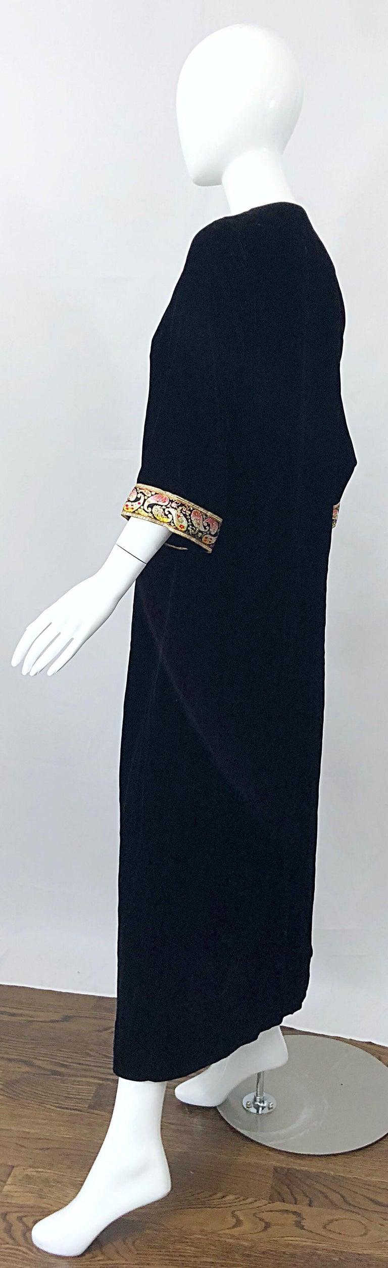 1960s Bonwit Teller Black Velvet Paisley Vintage 60s Moroccan Caftan Maxi Dress For Sale 8