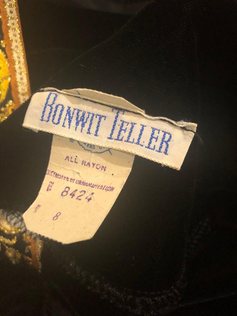 1960s Bonwit Teller Black Velvet Paisley Vintage 60s Moroccan Caftan Maxi Dress For Sale 12