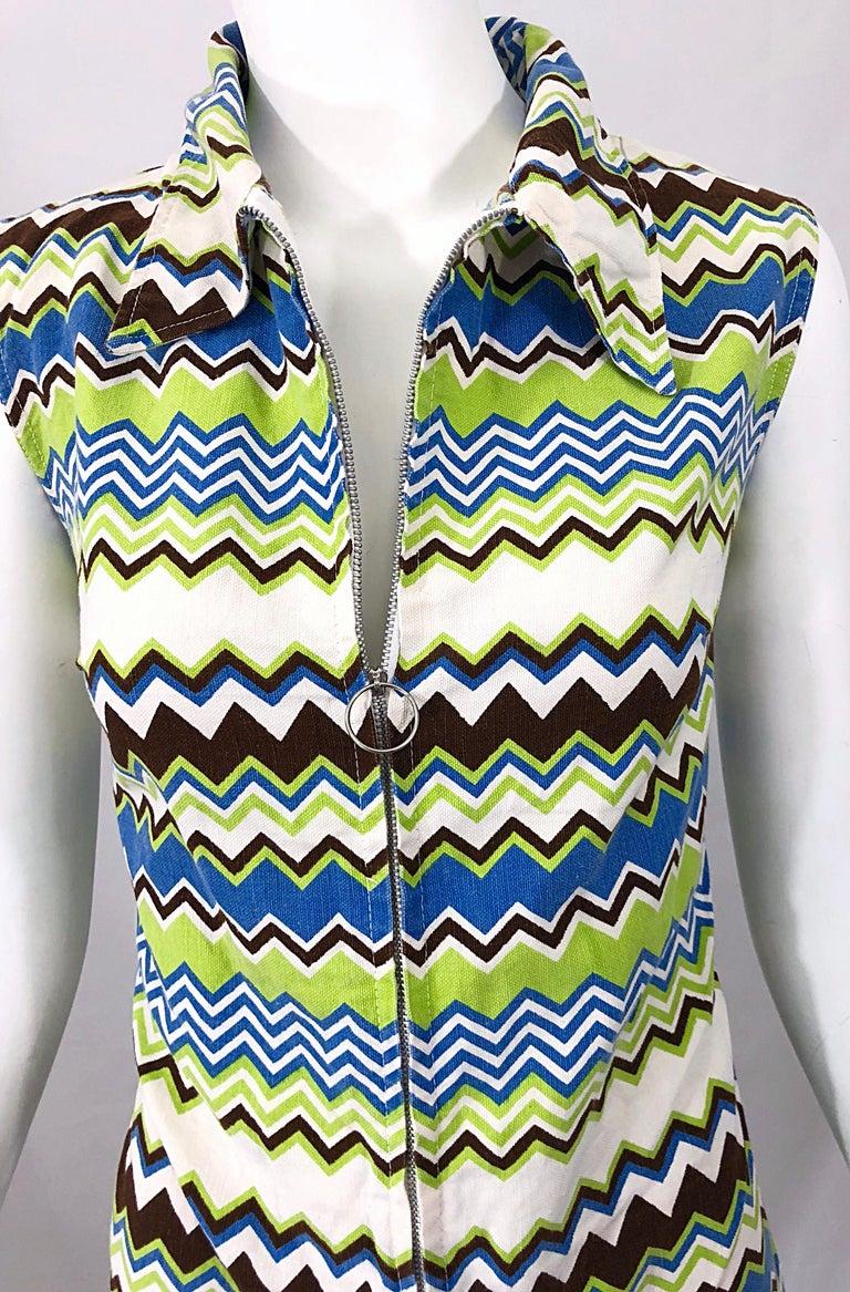Beige Chic 1970s Missoni Style Zig Zag Sleeveless Vintage 70s Cotton One Piece Romper For Sale