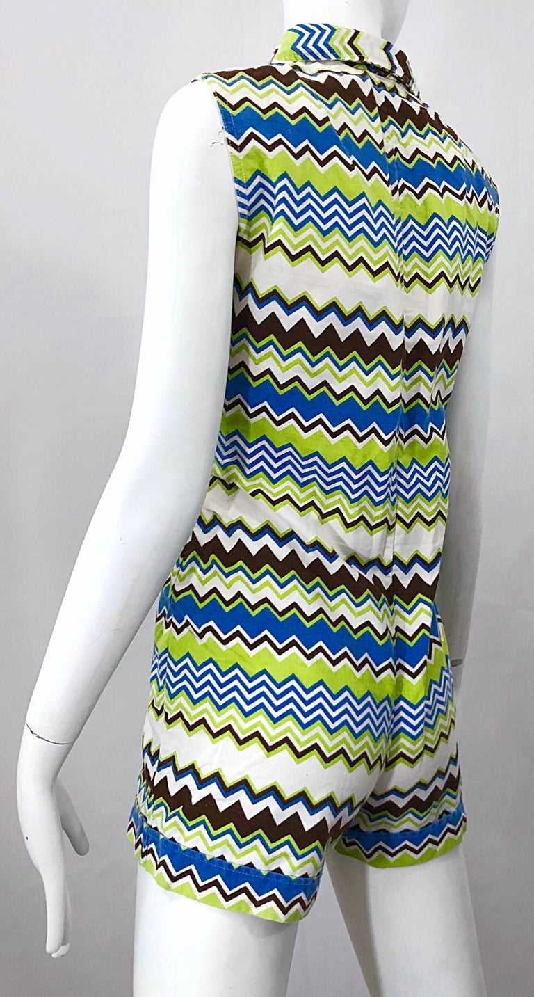 Chic 1970s Missoni Style Zig Zag Sleeveless Vintage 70s Cotton One Piece Romper For Sale 3