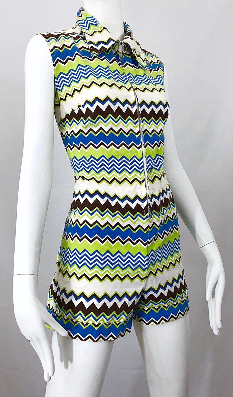 Chic 1970s Missoni Style Zig Zag Sleeveless Vintage 70s Cotton One Piece Romper For Sale 5