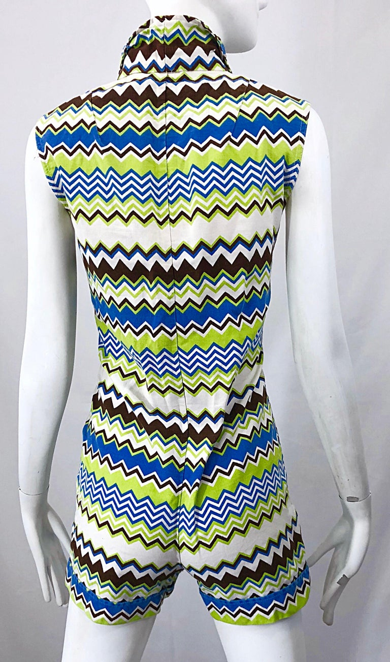 Chic 1970s Missoni Style Zig Zag Sleeveless Vintage 70s Cotton One Piece Romper For Sale 6