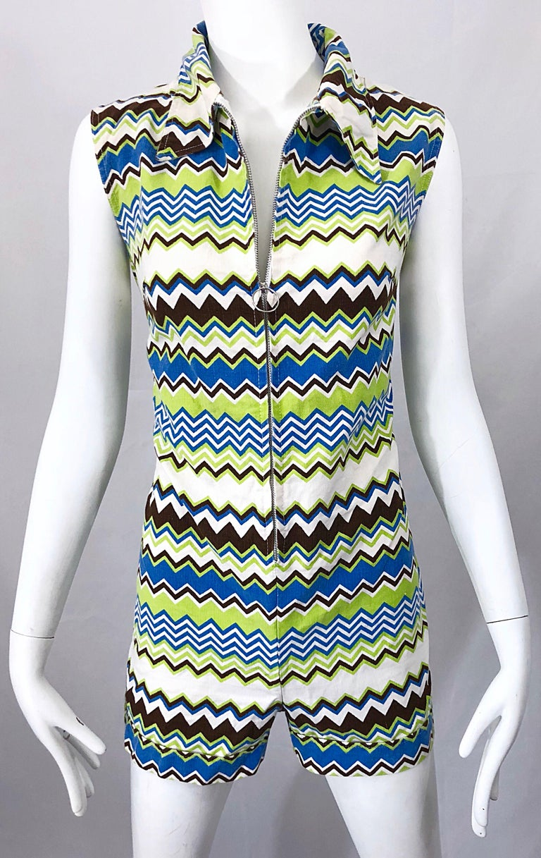 Chic 1970s Missoni Style Zig Zag Sleeveless Vintage 70s Cotton One Piece Romper For Sale 7