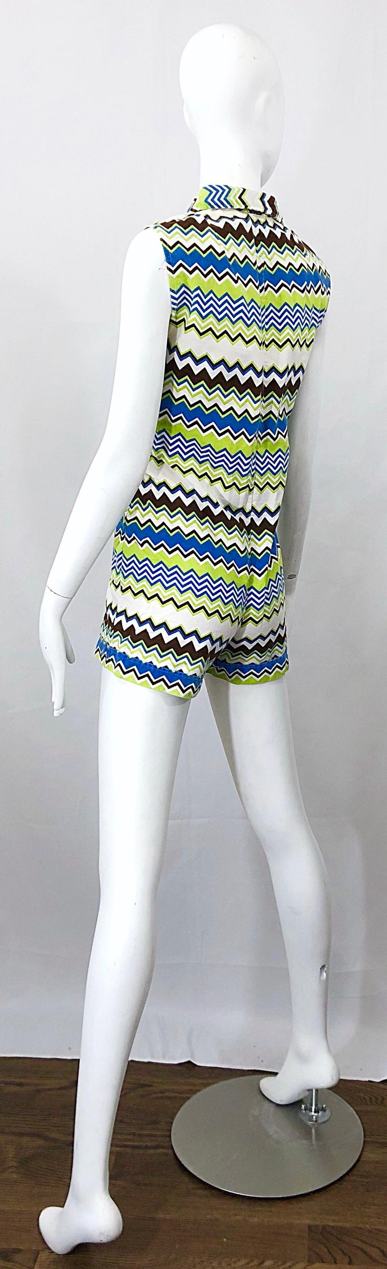 Chic 1970s Missoni Style Zig Zag Sleeveless Vintage 70s Cotton One Piece Romper For Sale 8