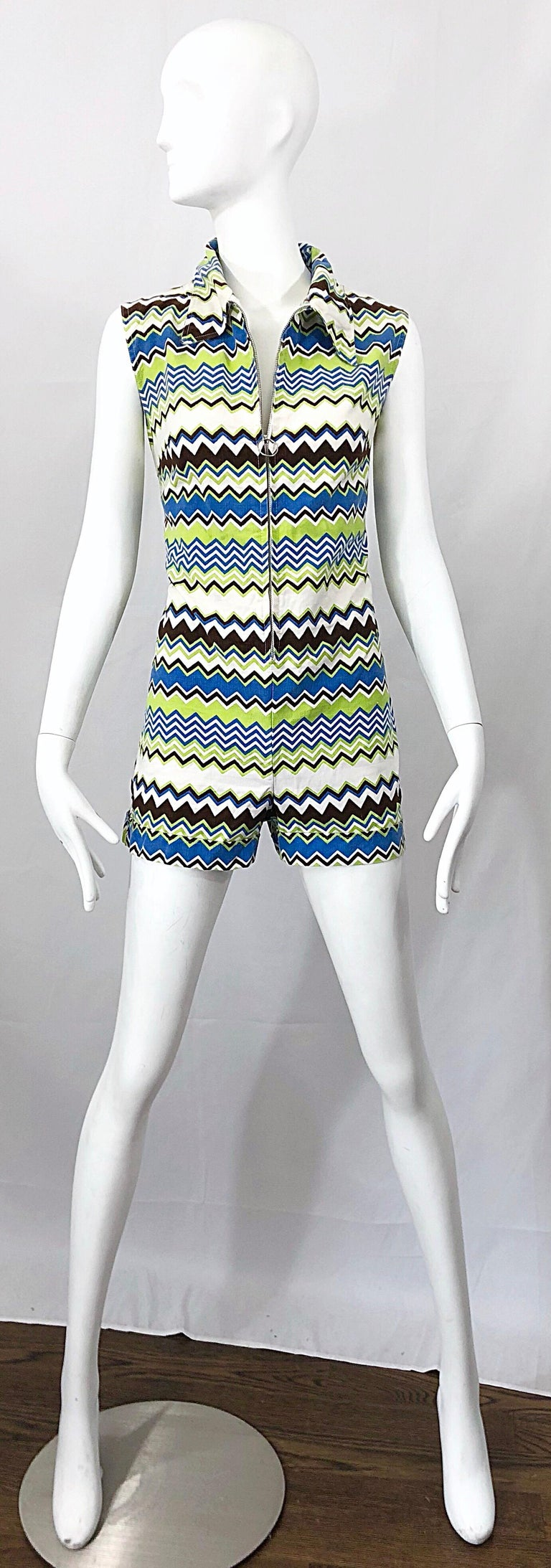 Chic 1970s Missoni Style Zig Zag Sleeveless Vintage 70s Cotton One Piece Romper For Sale 9