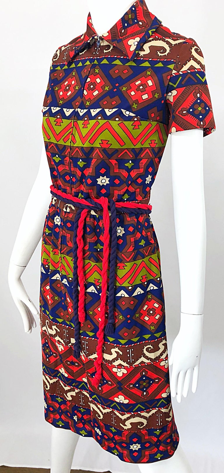 Women's 1970s Aztec Novelty Print Amazing Vintage 70s Knit Rope Belted Shirt Dress For Sale