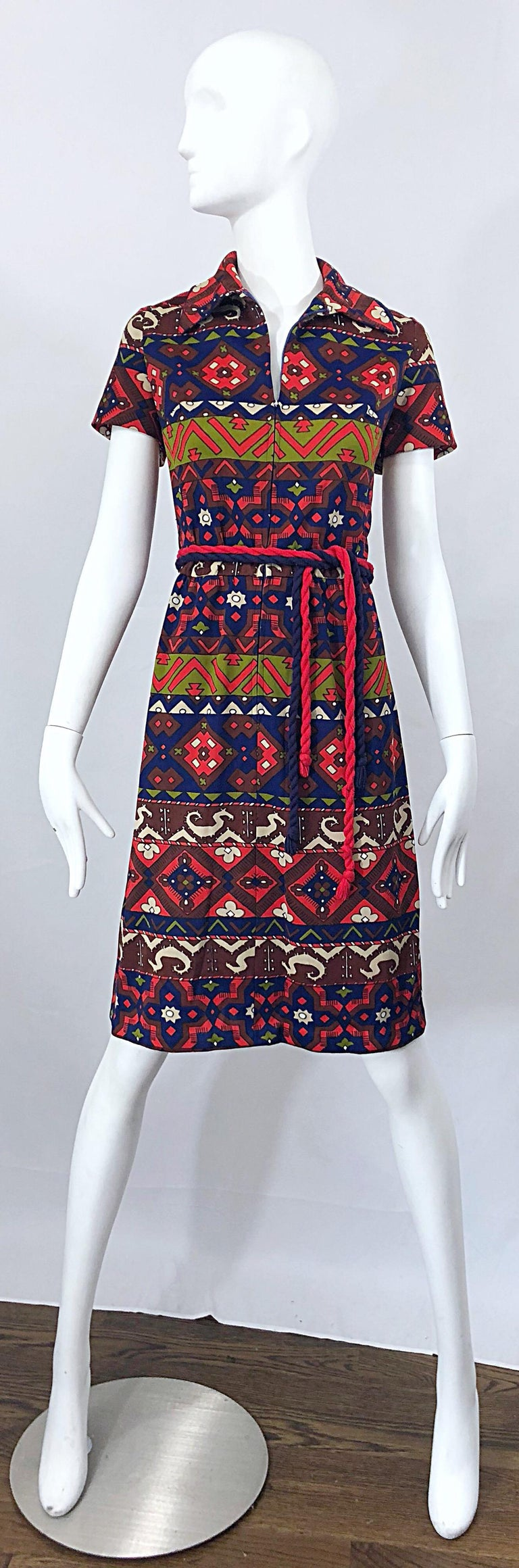 1970s Aztec Novelty Print Amazing Vintage 70s Knit Rope Belted Shirt Dress For Sale 8