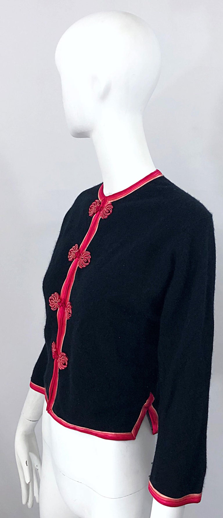 Women's 1950s Monhan's Ltd. Black Pink Asian Wool Hong Kong Vintage 50s Cardigan Sweater For Sale