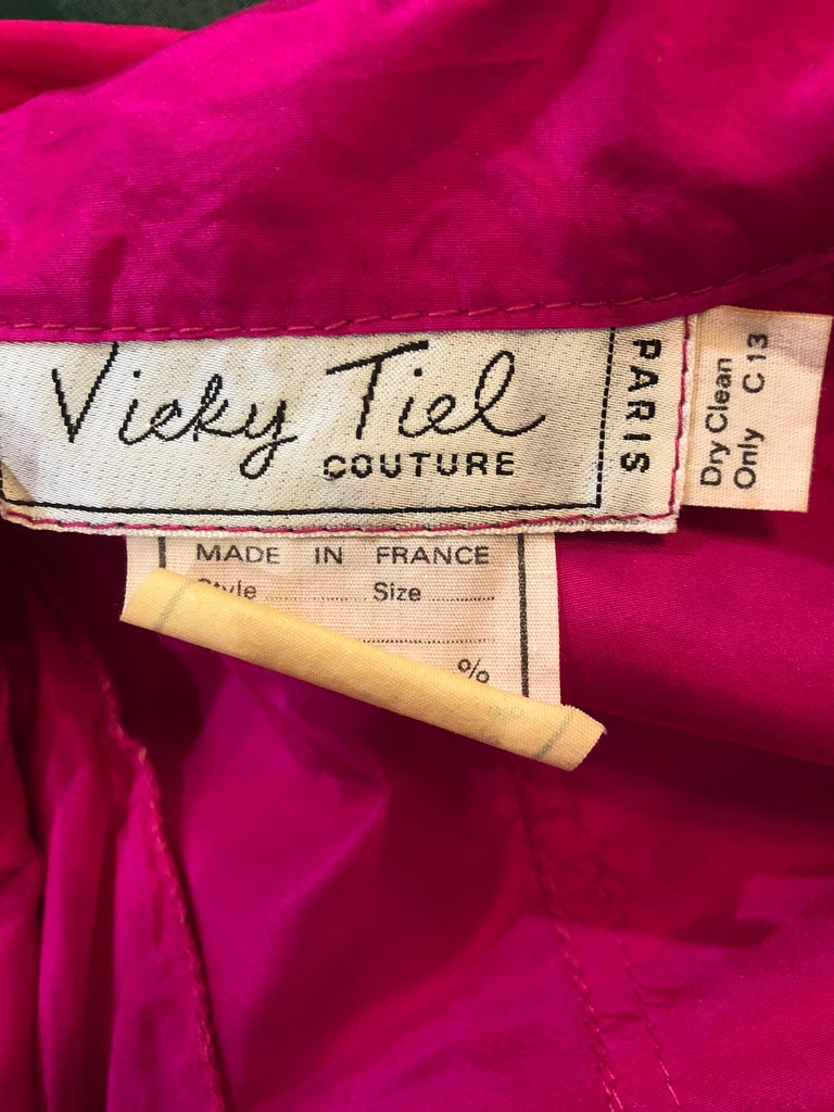 Vintage Vicky Tiel Couture 80s Hot Pink Fuchsia Silk 1980s Trecnch Jacket Dress For Sale 12