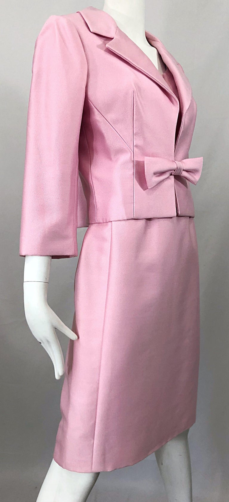 Women's Chic 1960s Pat Sandler Light Pink Vintage 60s Silk Shift Dress and Jacket Suit For Sale