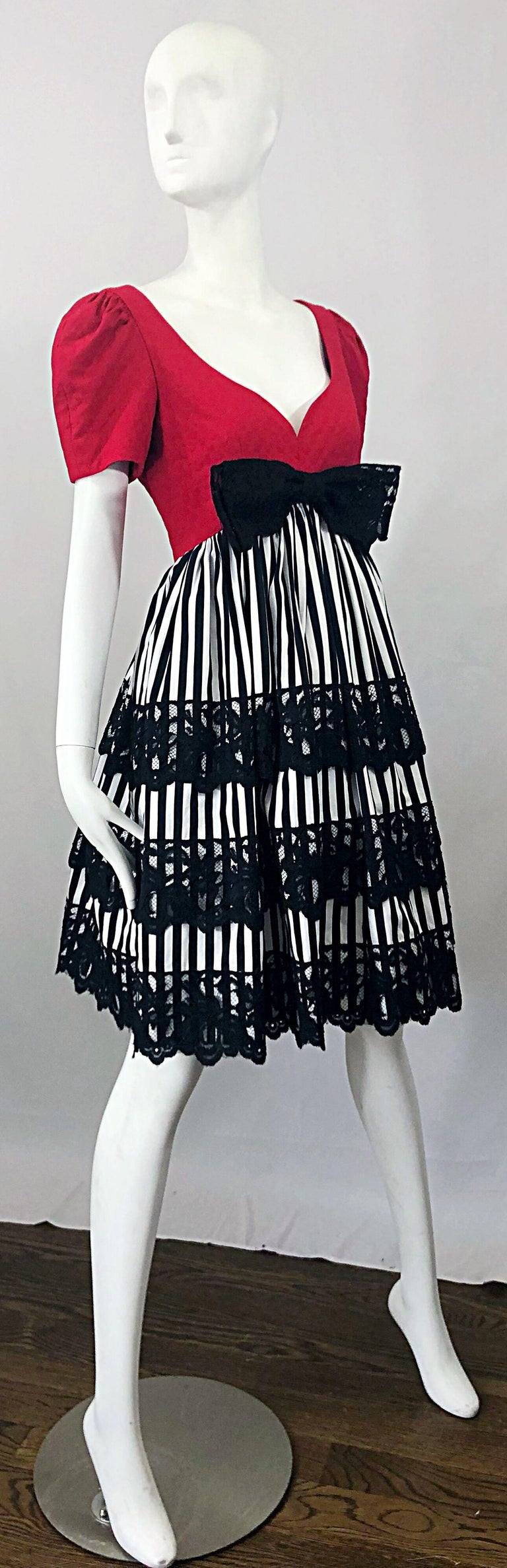 Vintage Adele Simpson Red + Black + White Fit n' Flare Empire Bow Lace Dress For Sale 6