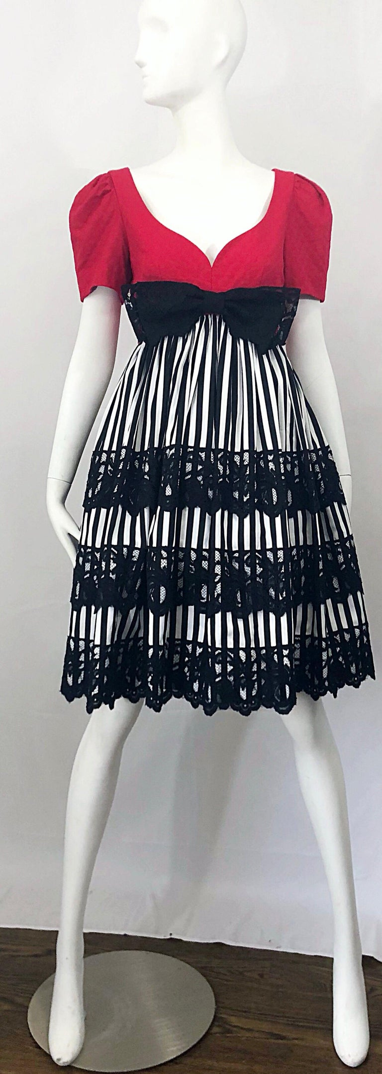 Vintage Adele Simpson Red + Black + White Fit n' Flare Empire Bow Lace Dress For Sale 10