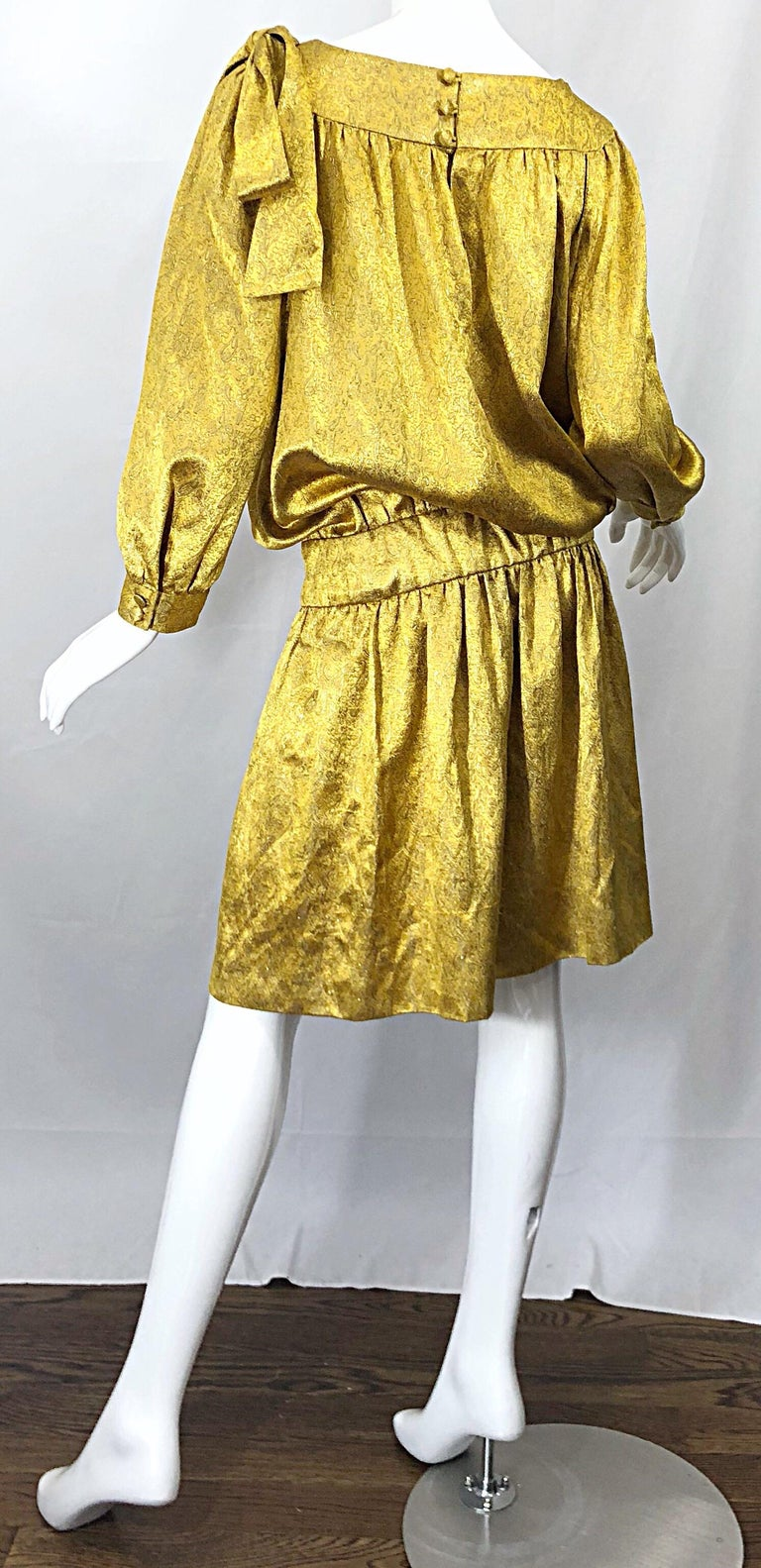 Vintage Brioni Yellow + Gold Silk 1920s Style Drop Waist Dress + Turban Sash For Sale 2
