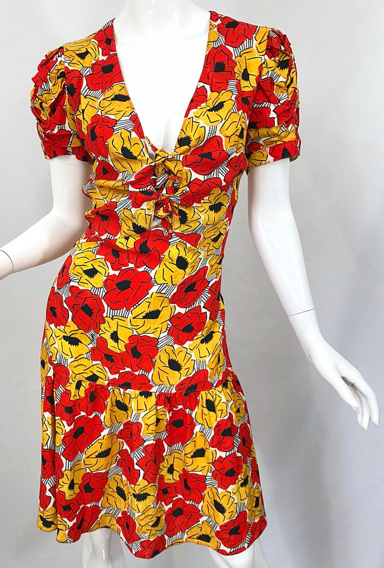 Yves Saint Laurent YSL Size 42 / 10 Yellow + Red Poppy Print Drop Waist Dress For Sale 4