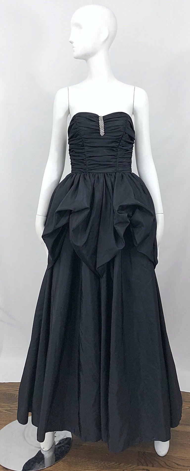 067d4e3c4358 Fabulous vintage 80s MIKE BENET black taffeta strapless bustle gown!  Features a ruched boned bodice