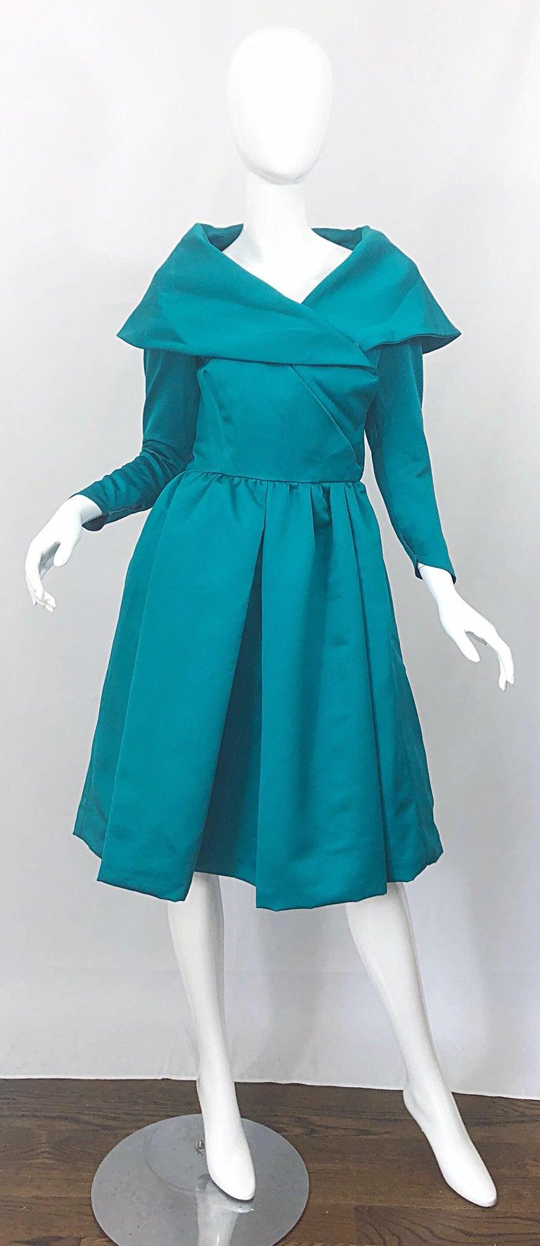 Vintage Victor Costa Teal Green Blue Size 6 8 Satin Long
