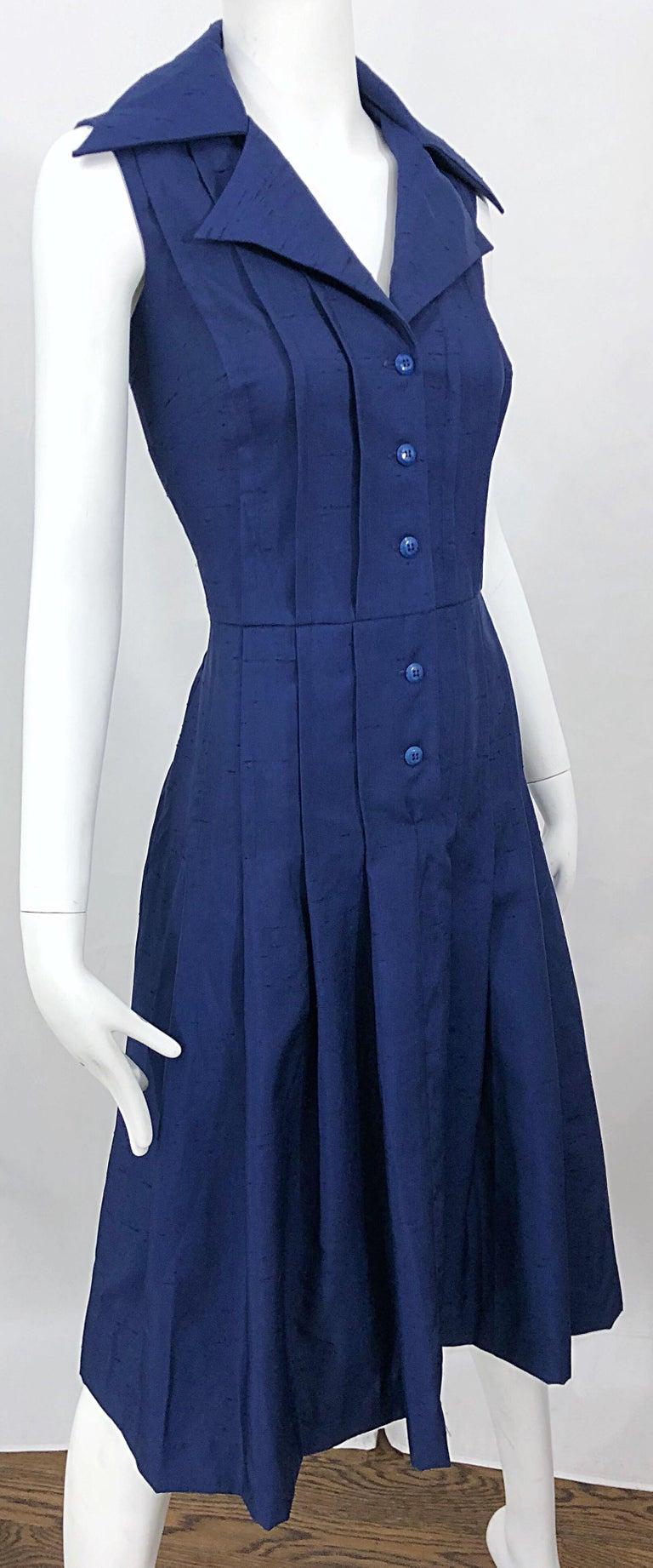 1990s Saks 5th Avenue Size 10 Navy Blue Silk Vintage 90s Sleeveless Shirt Dress For Sale 1