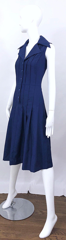 1990s Saks 5th Avenue Size 10 Navy Blue Silk Vintage 90s Sleeveless Shirt Dress For Sale 4