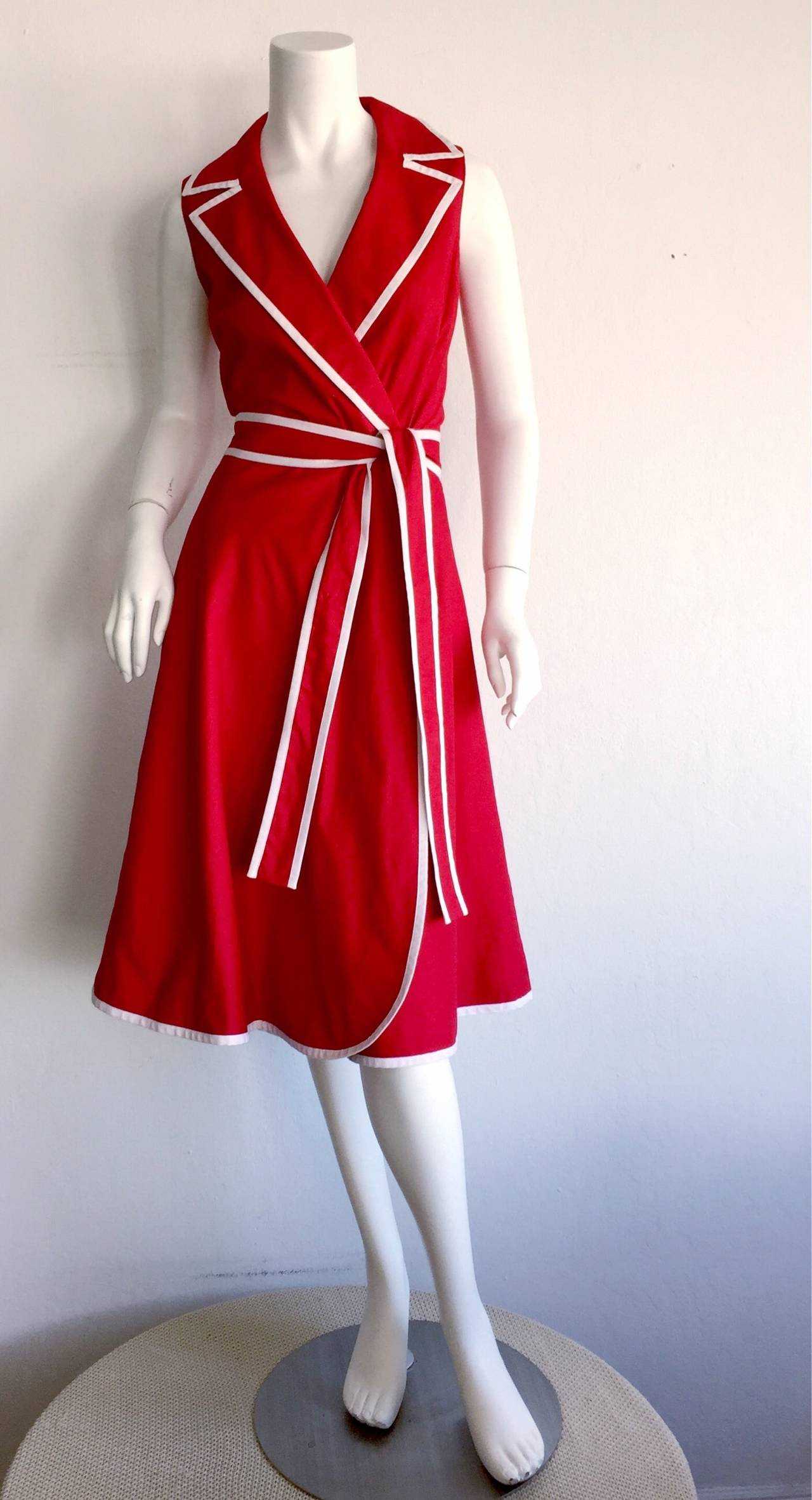 Beautiful cotton + linen blend 1990s Neiman Marcus nautical dress! Beautiful