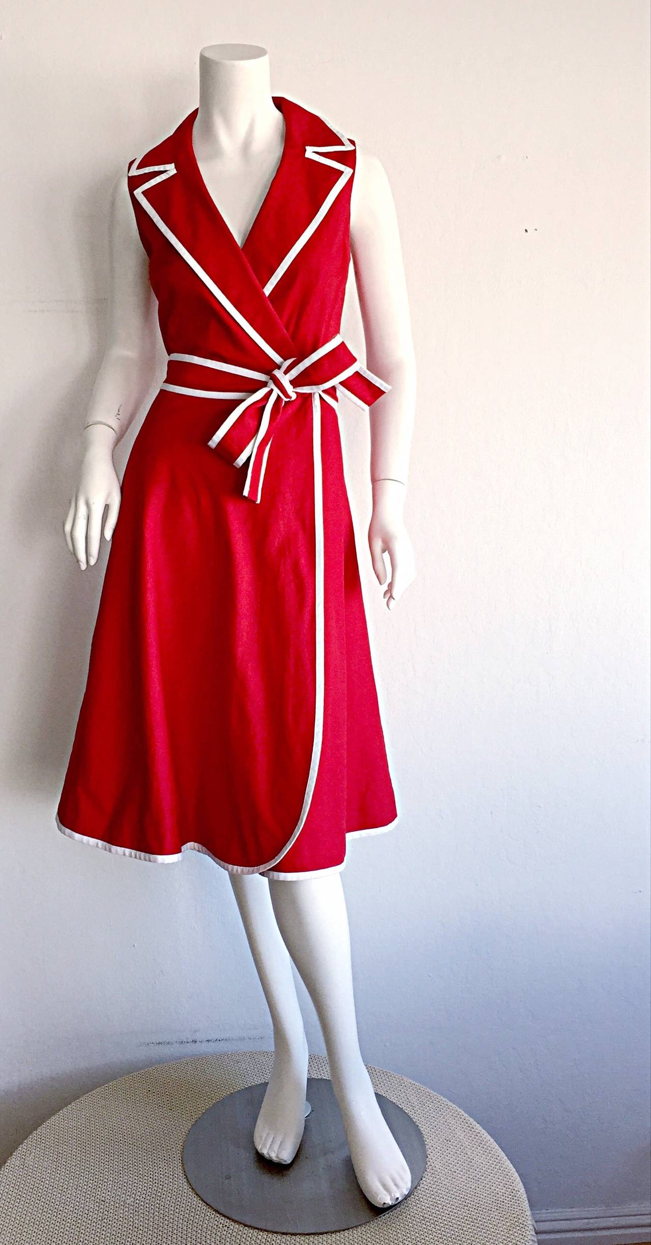 Sweet 90s Vintage Neiman Marcus Red 50s Rockabilly Inspired Nautical Shirt Dress In Excellent Condition For Sale In San Francisco, CA