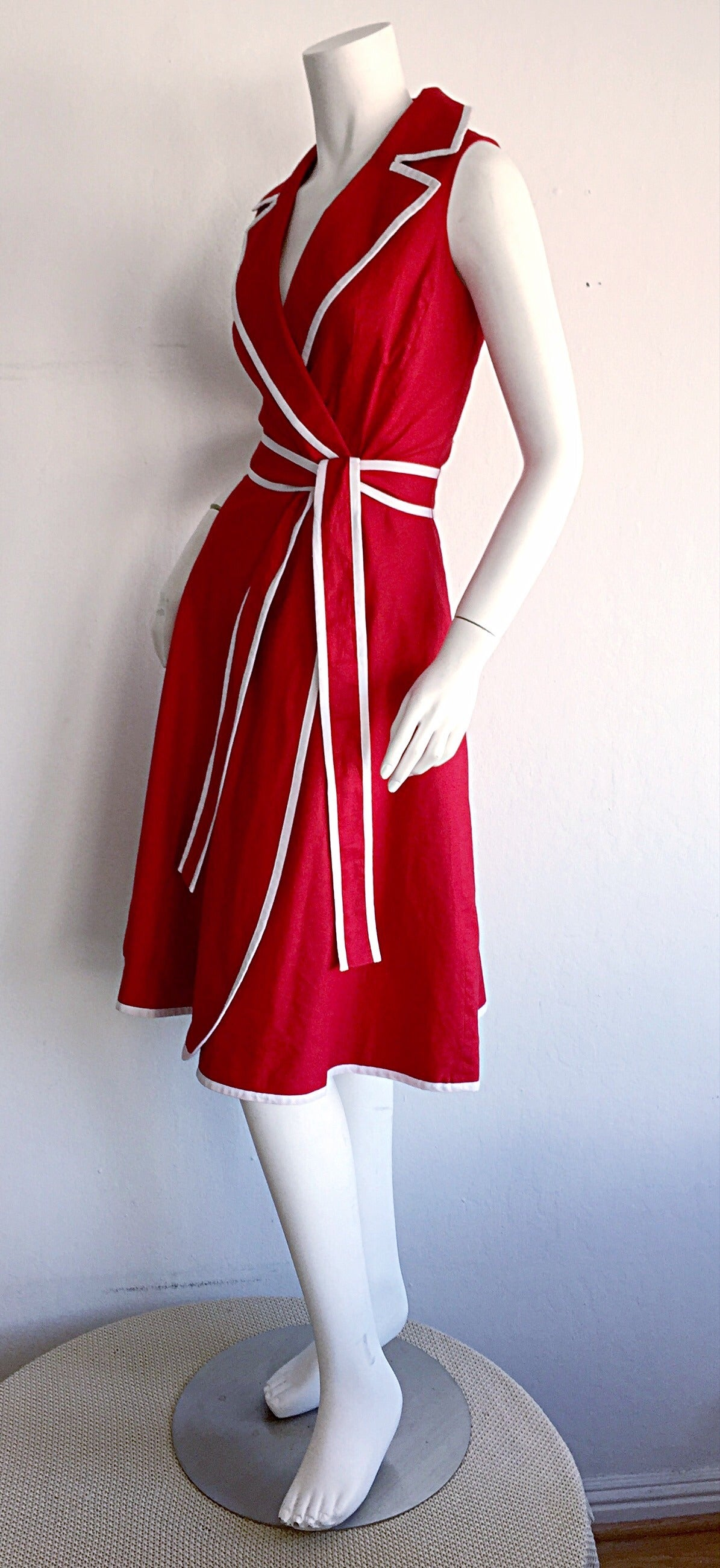 Sweet 90s Vintage Neiman Marcus Red 50s Rockabilly Inspired Nautical Shirt Dress For Sale 2