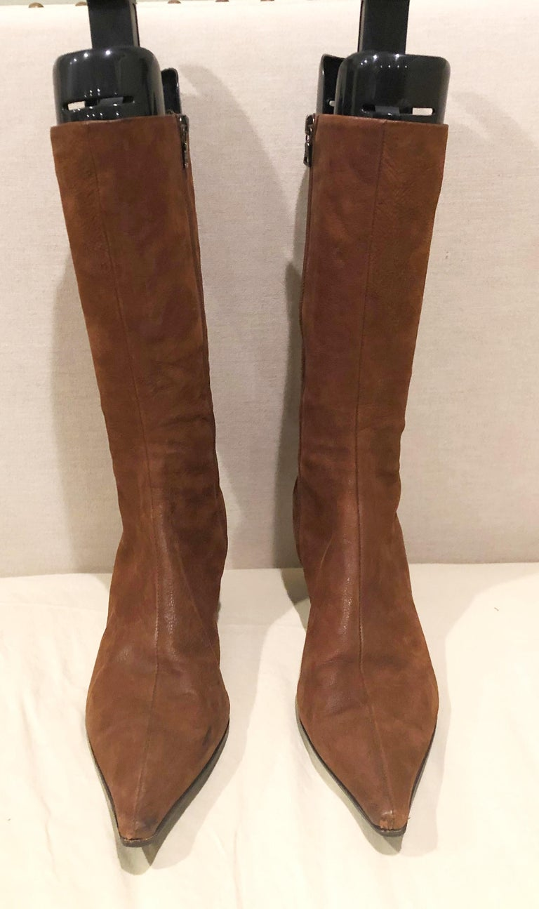 Prada Size 38.5 8.5 Brown Leather Mid Calf Kitten Heel Boots Booties 2000s  In Excellent Condition For Sale In Chicago, IL