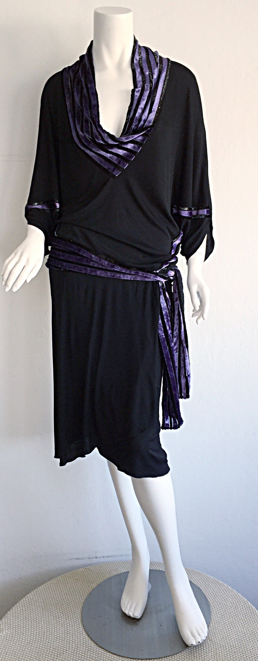 """Iconic Vintage Janice Wainwright Black Flapper Style """" Roaring 20s"""" Jersey Dress In Excellent Condition For Sale In San Francisco, CA"""