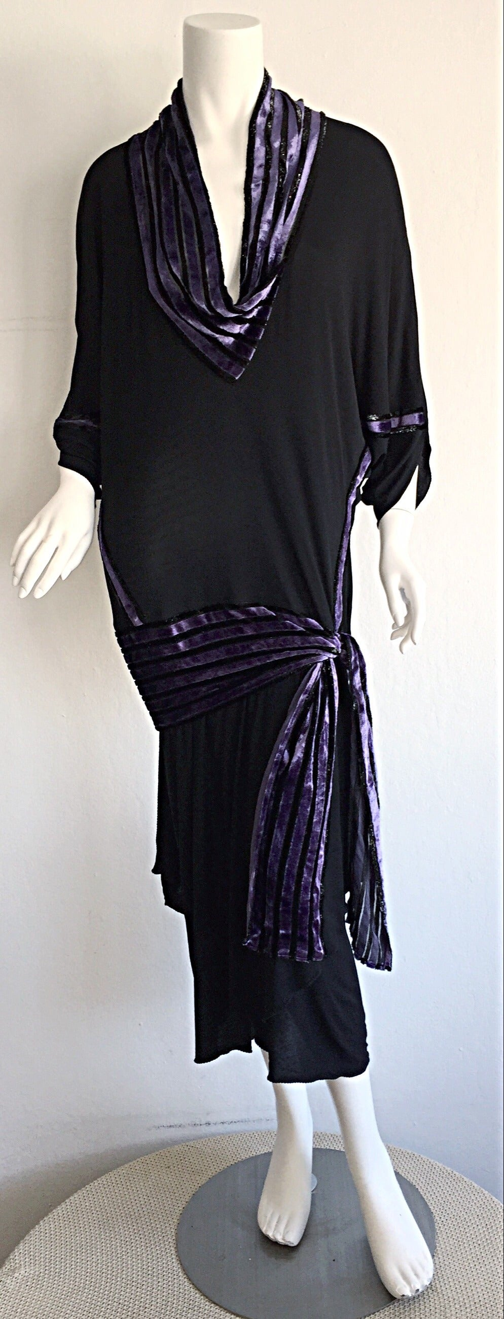 """Iconic Vintage Janice Wainwright Black Flapper Style """" Roaring 20s"""" Jersey Dress For Sale 3"""