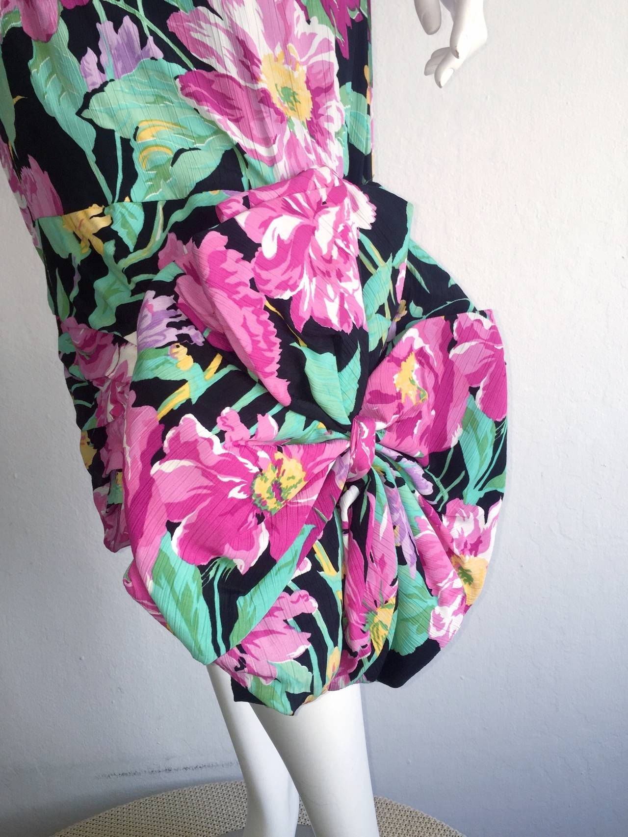 Wonderful Vintage Victor Costa Avant Garde ' Origami ' Silk Floral Dress 3