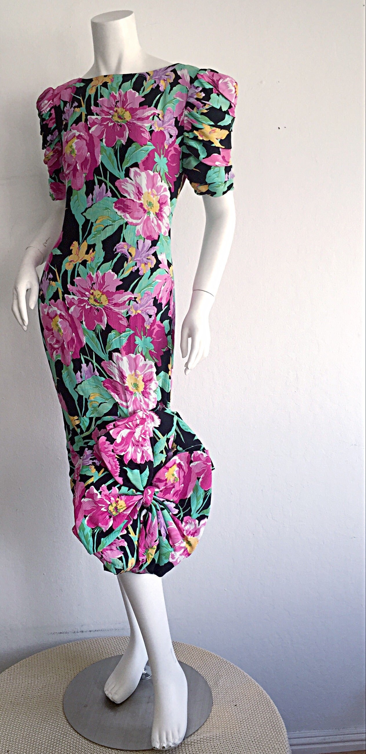 Wonderful Vintage Victor Costa Avant Garde ' Origami ' Silk Floral Dress 9