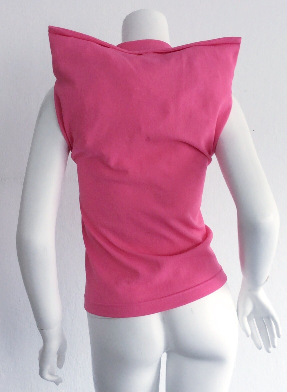 1990s Vintage Comme des Garcons Hot Pink ' Judy Jetson ' Shirt Blouse In Excellent Condition For Sale In San Francisco, CA