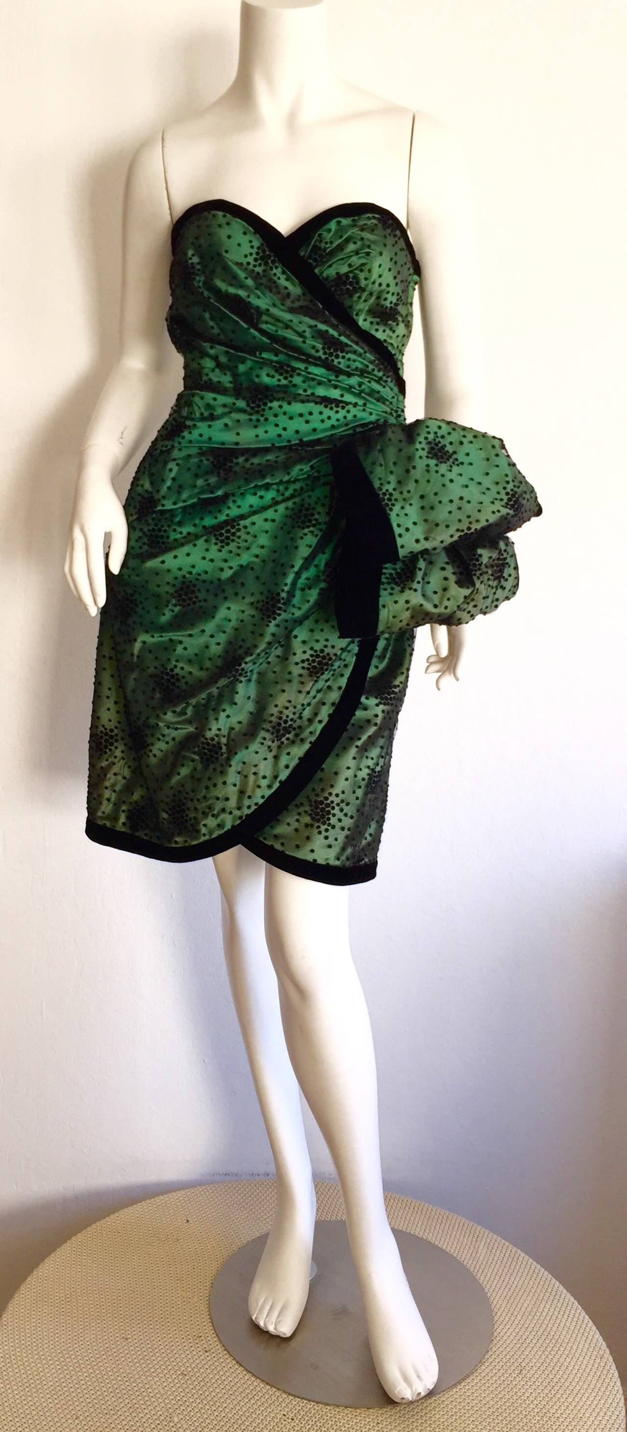 Incredible Vintage Victor Costa Bergdorf Goodman Green + Black Bow Dress 2
