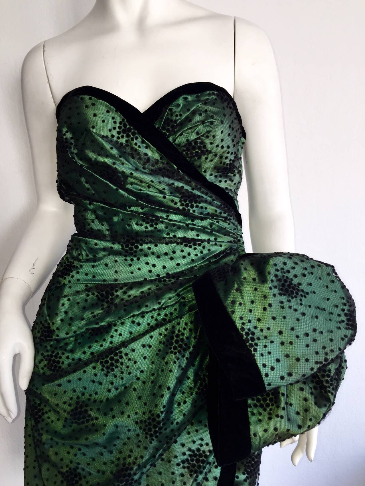 Incredible Vintage Victor Costa Bergdorf Goodman Green + Black Bow Dress 3