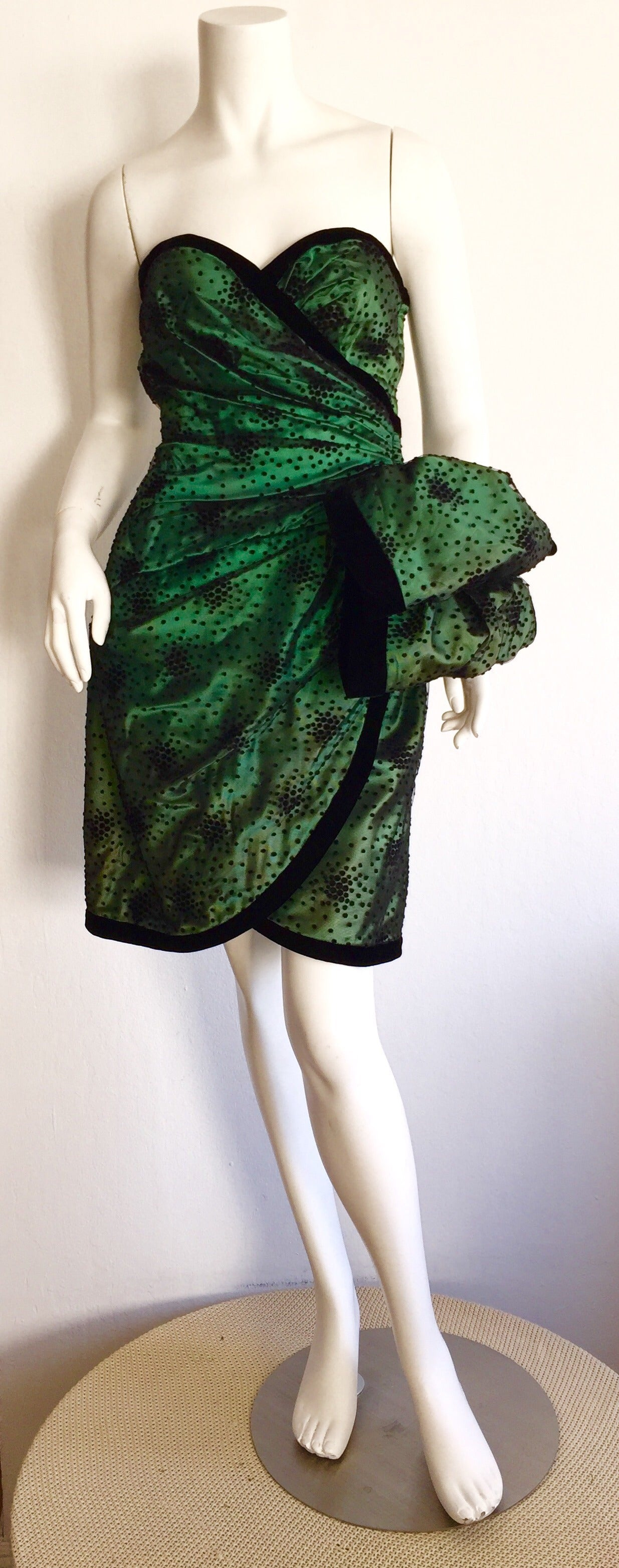 Incredible Vintage Victor Costa Bergdorf Goodman Green + Black Bow Dress 6