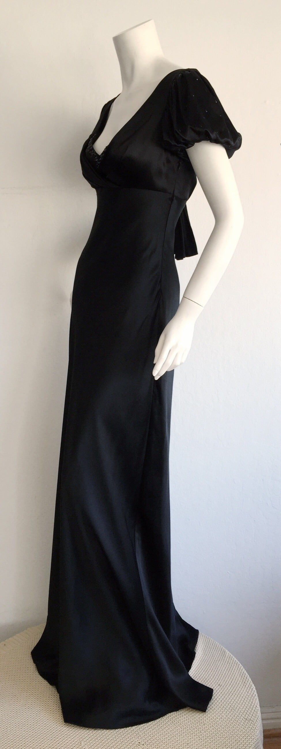 Stunning Jenny Packham 90s Vintage Black Silk Romantic ' Fluid ' Gown w/ Jewels 4